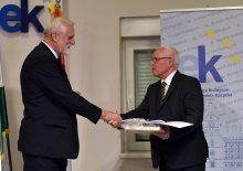 A Magyar Nemzeti Tanács ösztöndíjszerződés-aláíró ünnepsége