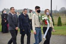 Csúrogon, a Megtépázott Krisztus szoborcsoportnál emlékeztünk az 1944–1945-ös ártatlan magyar àldozatokra